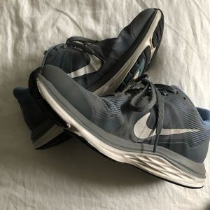 NIKE   60% off athletic shoes